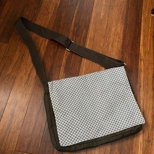Thirty-one Messenger Bag